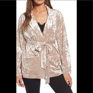 Chelsea28 NWT crushed blush velvet jacket Xs